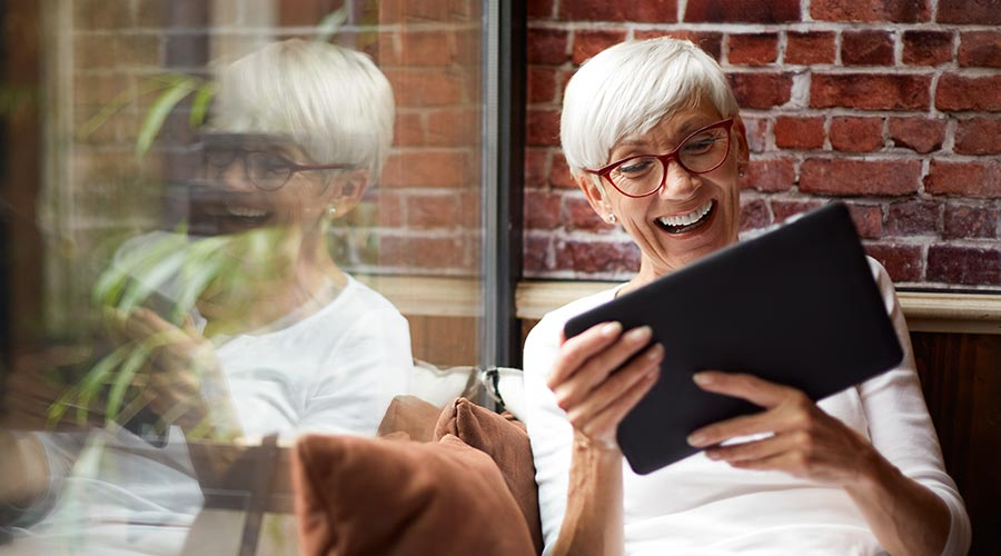 Fun Ways for Senior Residents to Stay Connected